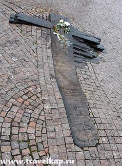 памятник Яну Палаху и Яну Зайицу (Прага, Чехия)