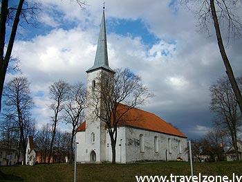 лютеранская церковь архангела Михаила (Йыхви, Эстония)