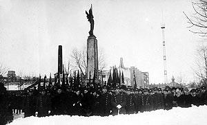 могила Неизвестного солдата и памятник Свободы (Каунас, Литва)