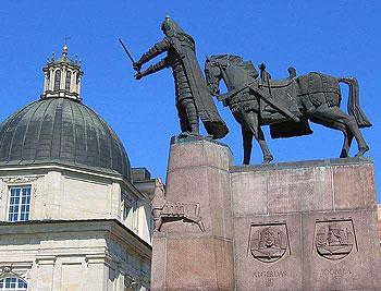 памятник Гедимина (Вильнюс, Литва)