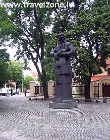 памятник Лауринаса Стуока-Гуцявичюса (Вильнюс, Литва)