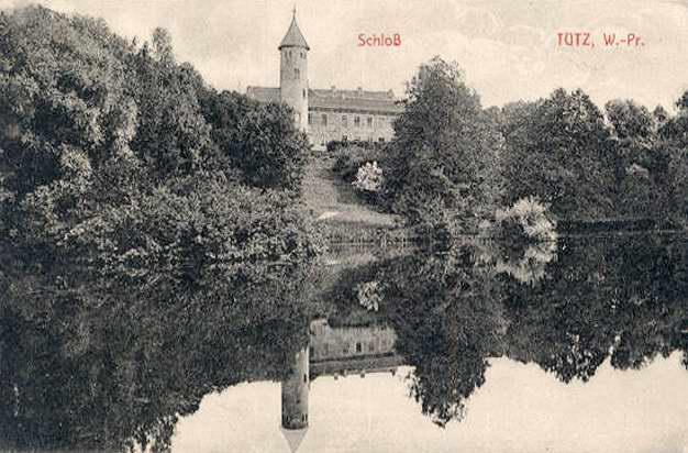 Замок Тучно на старой открытке